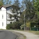 Haus Birnbaum - von-der-Strasse-gesehen2-768x461